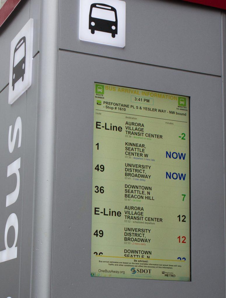 Demostración del uso de feeds GTFS-realtime mediante un panel de información OneBusAway . Imagen: Oran Viriyincy